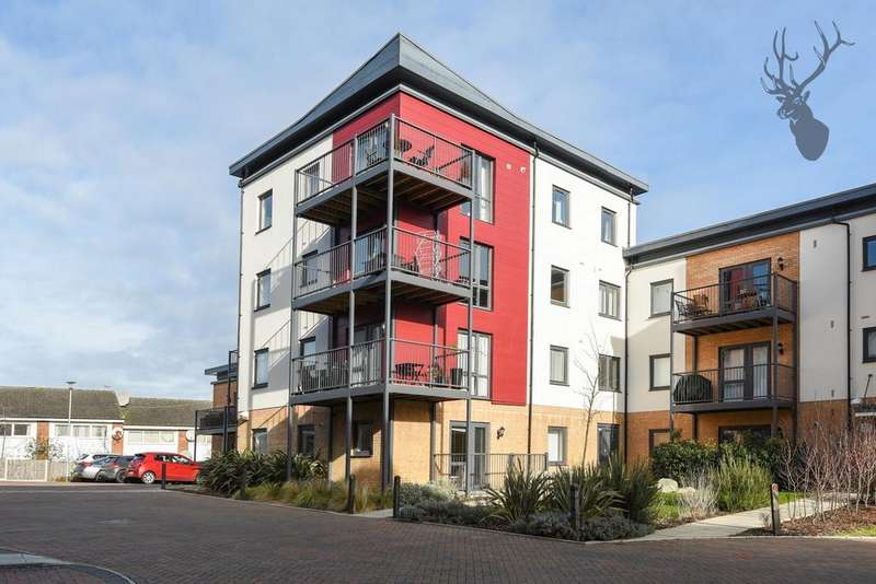 3 Bedrooms Flat for sale in Shingly Place, Chingford, E4