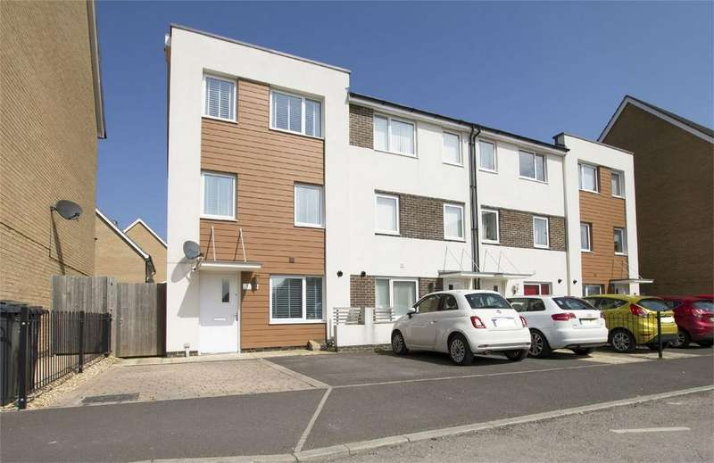 4 Bedrooms End Of Terrace House for sale in Solebay Way, Gosport, Hampshire