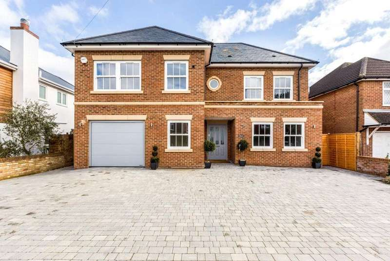 6 Bedrooms Detached House for sale in Simons Walk, Englefield Green, Egham, Surrey, TW20