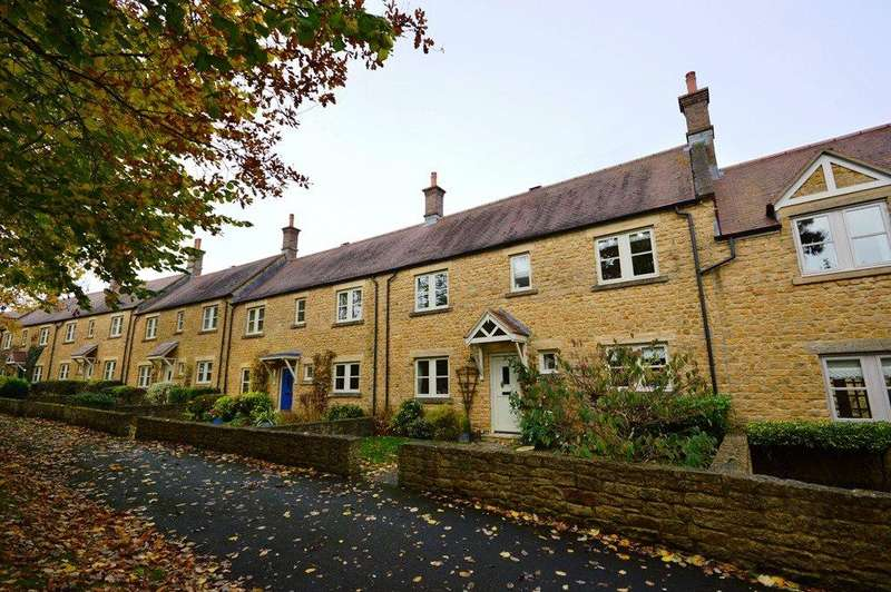 3 Bedrooms House for rent in Cole Lane, Stoke-Sub-Hamdon, Somerset, TA14