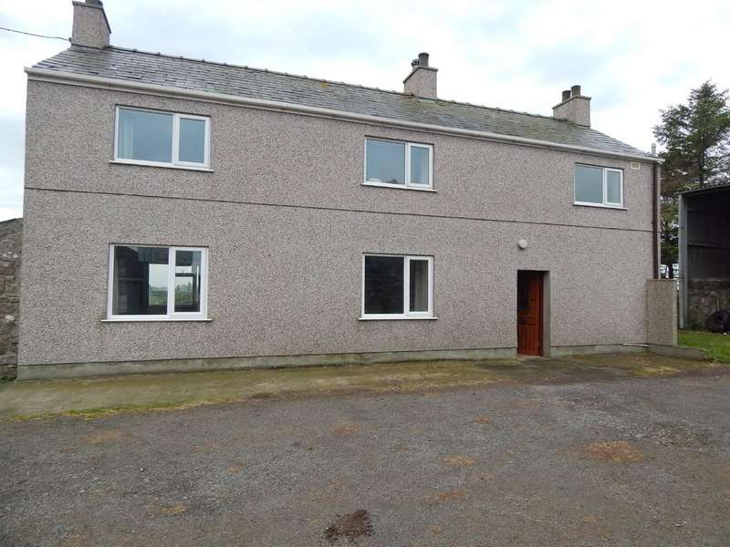 3 Bedrooms Detached House for rent in Clegyrdy Bach