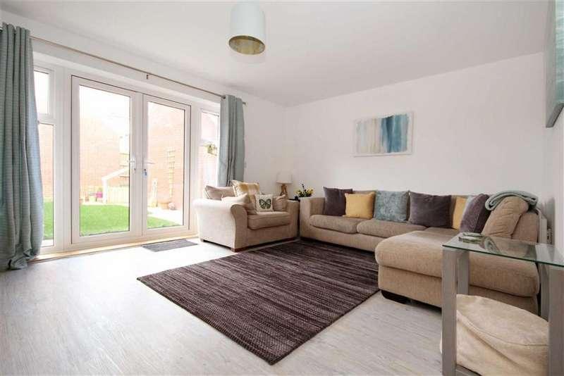 3 Bedrooms Semi Detached House for sale in William Morris Way, Tadpole Garden Village, Wiltshire