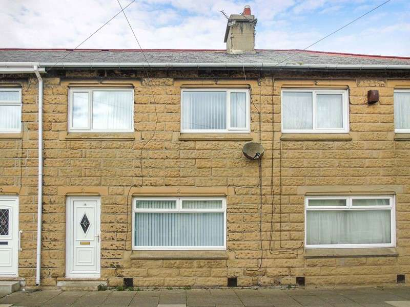 3 Bedrooms Property for sale in King Georges Road, Newbiggin-by-the-Sea, Northumberland, NE64 6HS