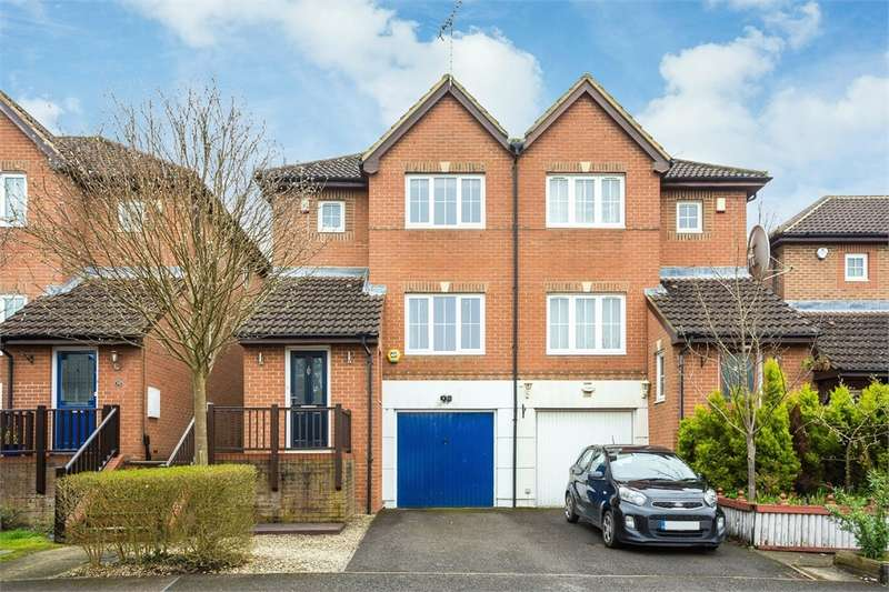 3 Bedrooms Town House for sale in Barrington Drive, Harefield, Middlesex
