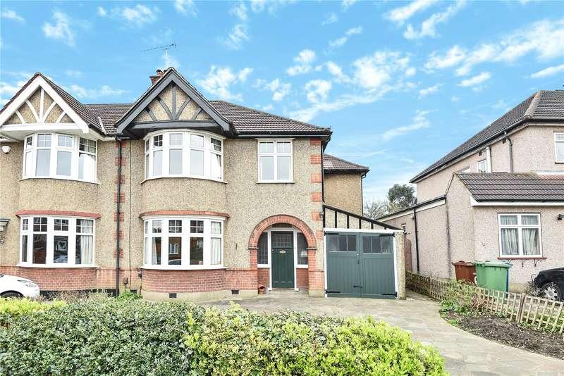 4 Bedrooms Semi Detached House for sale in Elmcroft Crescent, Harrow, HA2