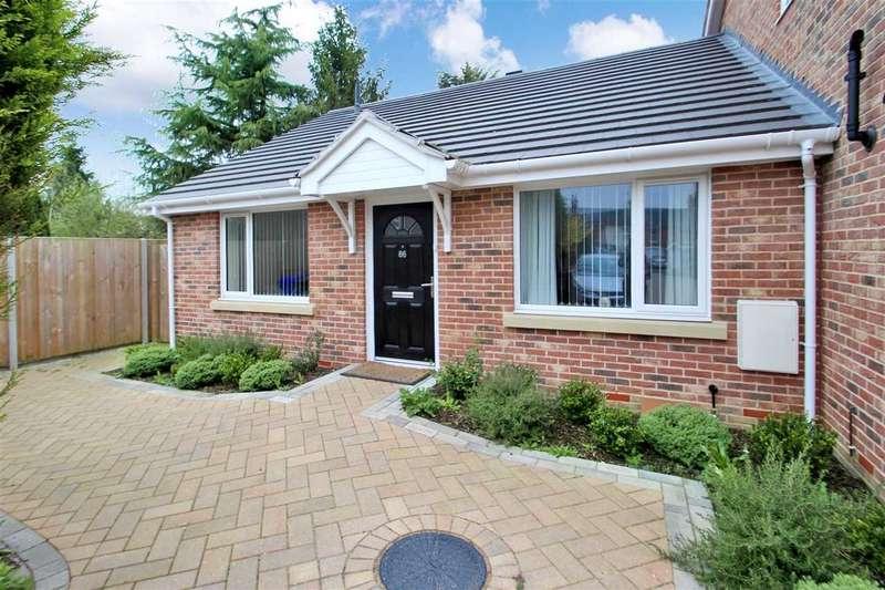 2 Bedrooms Bungalow for sale in Kemball Street, Ipswich