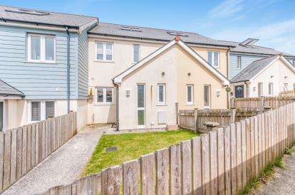 3 Bedrooms Terraced House for sale in Mount Ambrose, Redruth, Cornwall