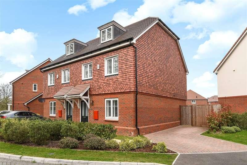3 Bedrooms Semi Detached House for sale in Adam Brown Avenue, Blackwater, Camberley, GU17