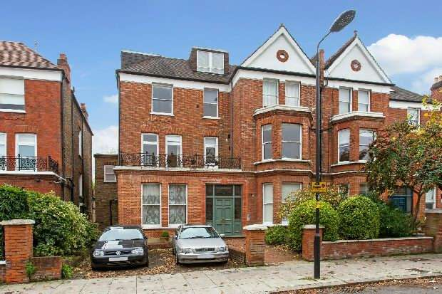 1 Bedroom Flat for sale in Canfield Gardens, South Hampstead, NW6
