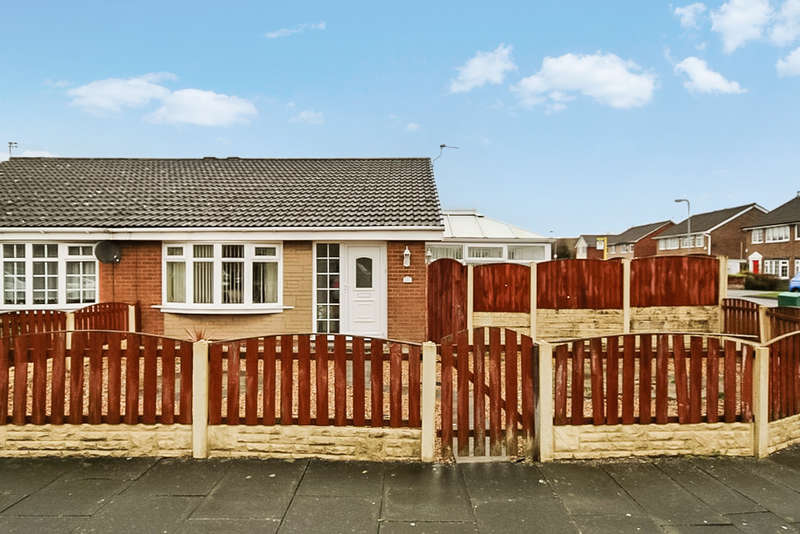 2 Bedrooms Semi Detached Bungalow for sale in Cheltenham Way, Kew, Southport