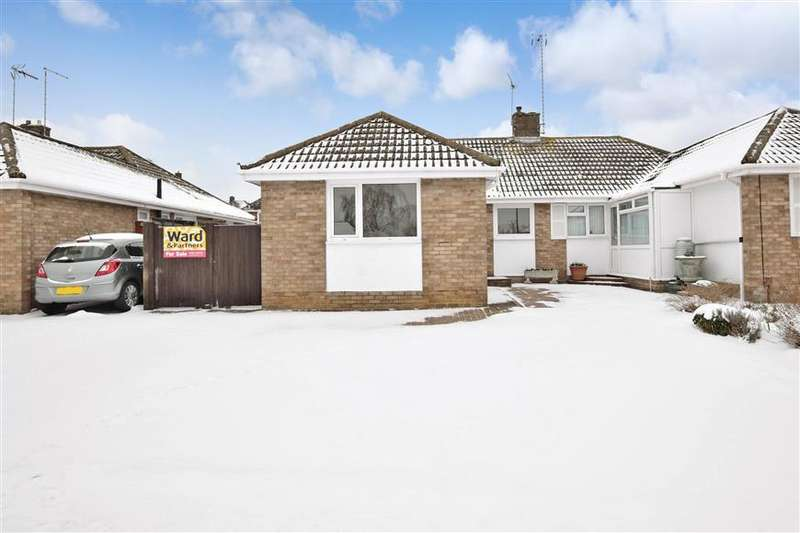2 Bedrooms Semi Detached Bungalow for sale in Southwood, Maidstone, Kent