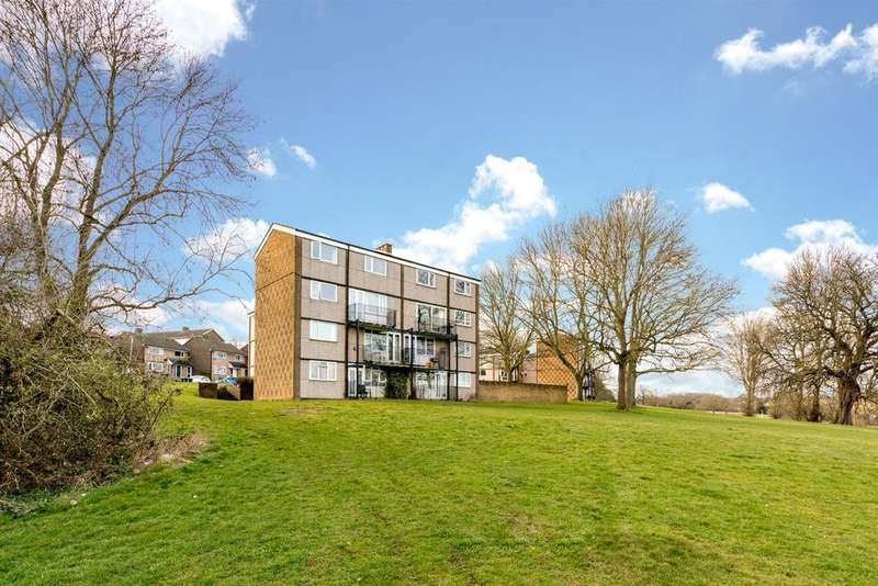 3 Bedrooms Apartment Flat for sale in Wood View, Hemel Hempstead