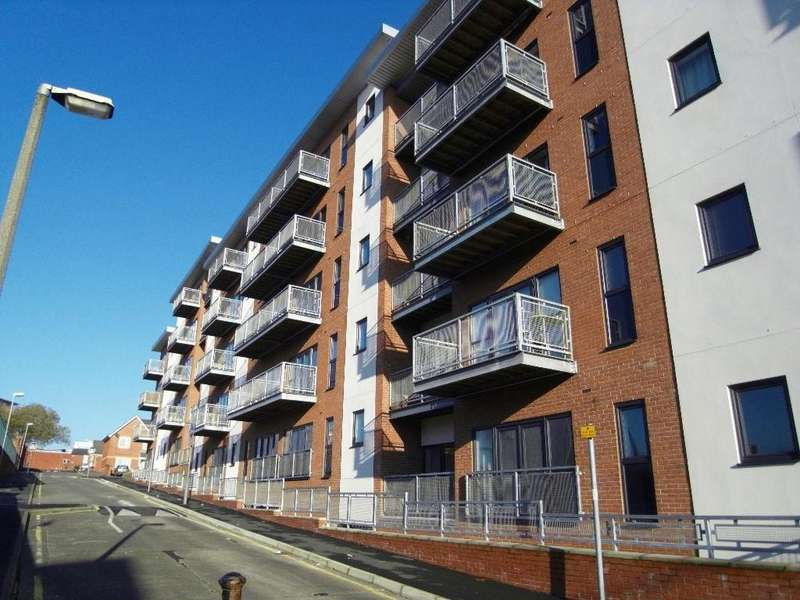 2 Bedrooms Apartment Flat for sale in Light Buildings, Lumen Court, Lawson Street