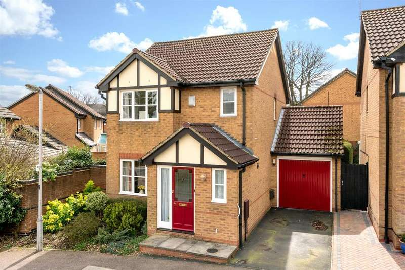 3 Bedrooms Detached House for sale in Laureate Way, Hemel Hempstead
