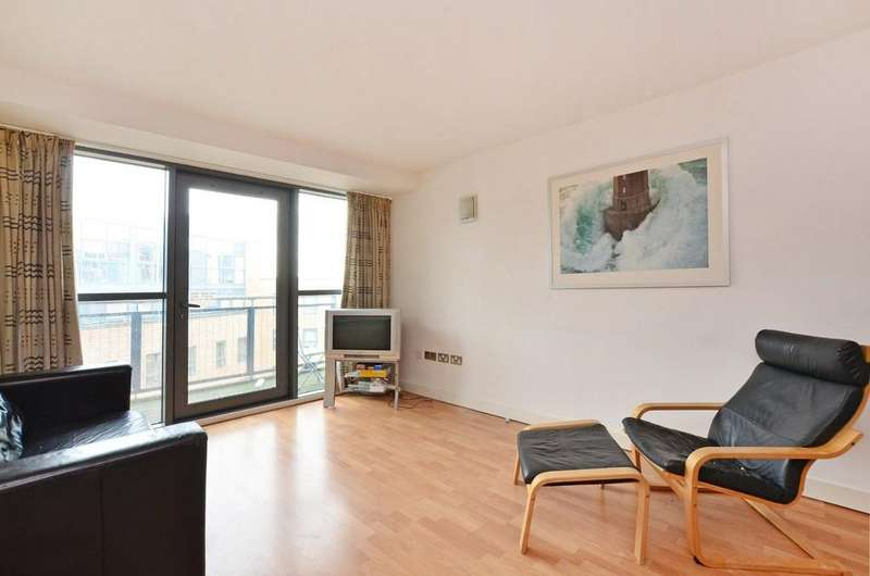 2 Bedrooms Apartment Flat for sale in West One Panorama, 18 Fitzwilliam Street, Sheffield, S1 4JQ