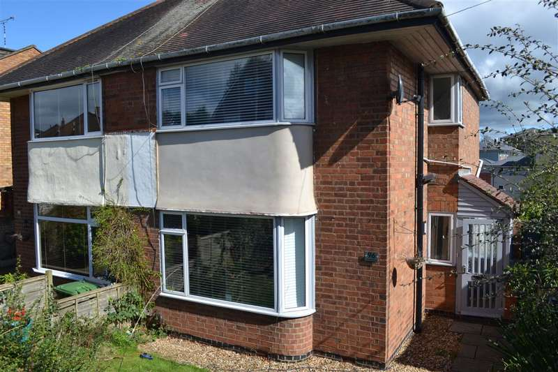 3 Bedrooms Semi Detached House for rent in Greville Road, Warwick