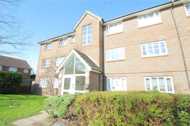 1 Bedroom Flat for sale in Corfe Close, Borehamwood, Hertfordshire, WD6