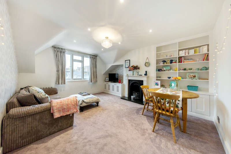 2 Bedrooms Apartment Flat for sale in Richmond Hill