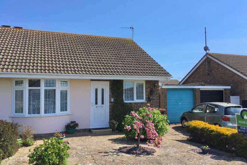 2 Bedrooms Semi Detached Bungalow for sale in Nuthatch Road, Eastbourne, BN23