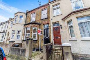 4 Bedrooms Terraced House for sale in Rochester Avenue, Rochester, Kent