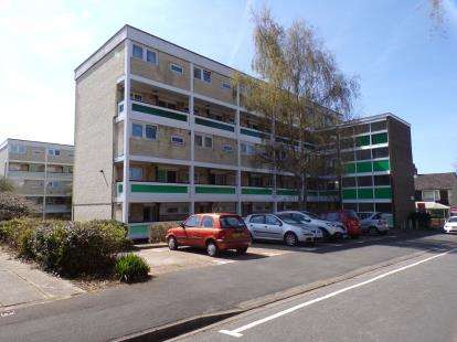 Flat for sale in Lordswood, Southampton, Hampshire