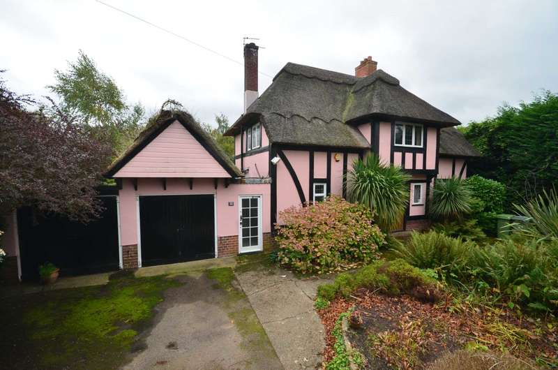 3 Bedrooms Cottage House for sale in Plumstead Road, Thorpe End