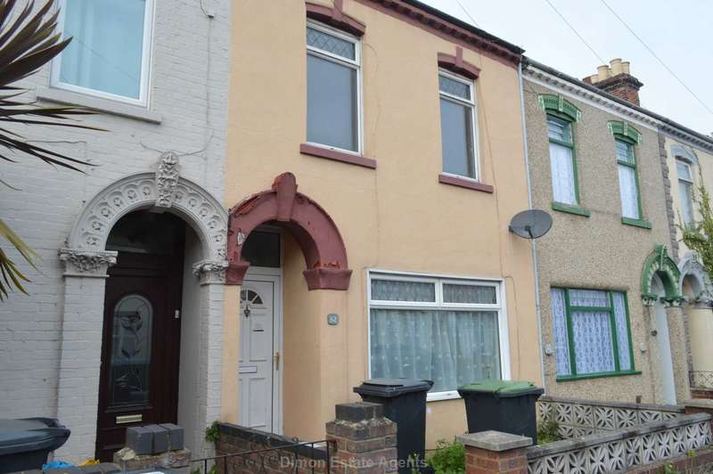 3 Bedrooms Terraced House for sale in Shaftesbury Road, Gosport