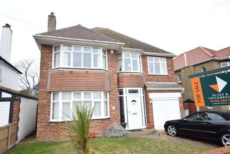 4 Bedrooms Detached House for sale in Boley Drive, Clacton-on-Sea