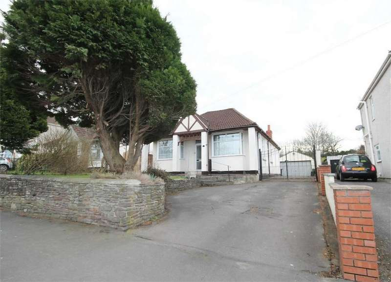 3 Bedrooms Detached Bungalow for sale in Badminton Road, Downend, Bristol