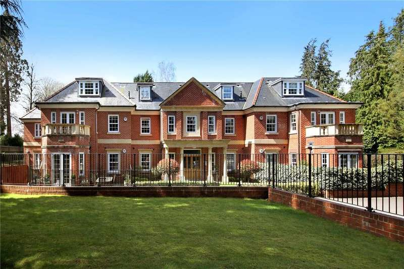 2 Bedrooms Flat for sale in Wilbury Lodge, Dry Arch Road, Sunningdale, Berkshire, SL5