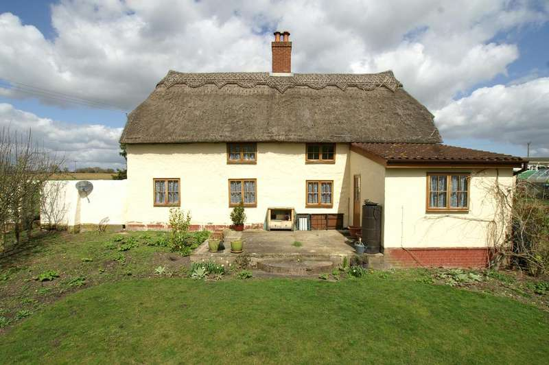 4 Bedrooms Detached House for sale in Clare Road, Long Melford, Sudbury CO10
