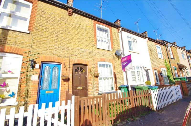 3 Bedrooms Terraced House for rent in Neal Street, Watford, Hertfordshire, WD18