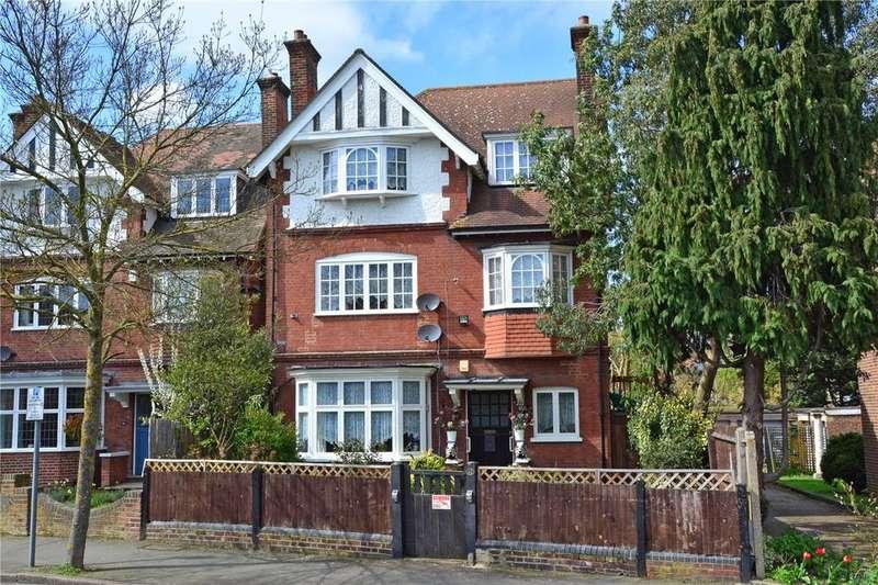 5 Bedrooms Flat for sale in Hardy Road, Blackheath, London, SE3