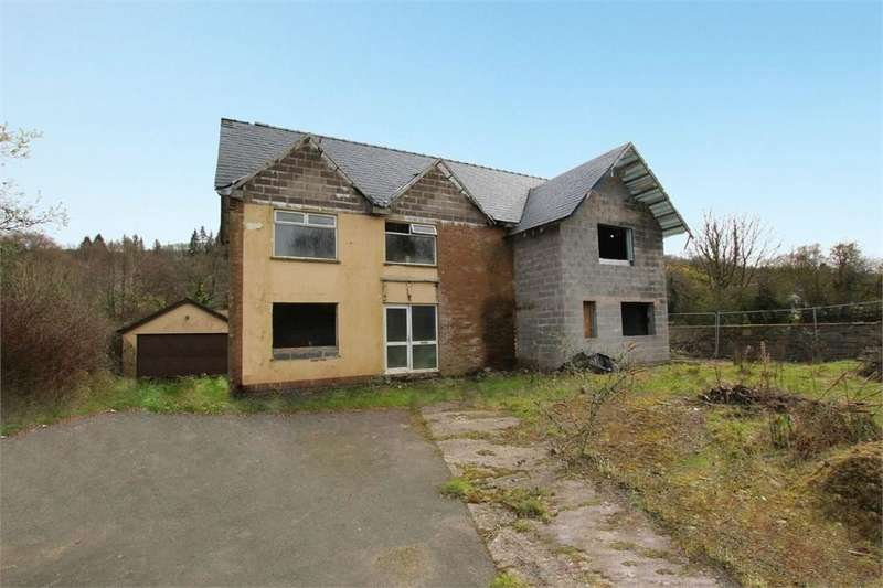 4 Bedrooms Detached House for sale in Draethen, Newport