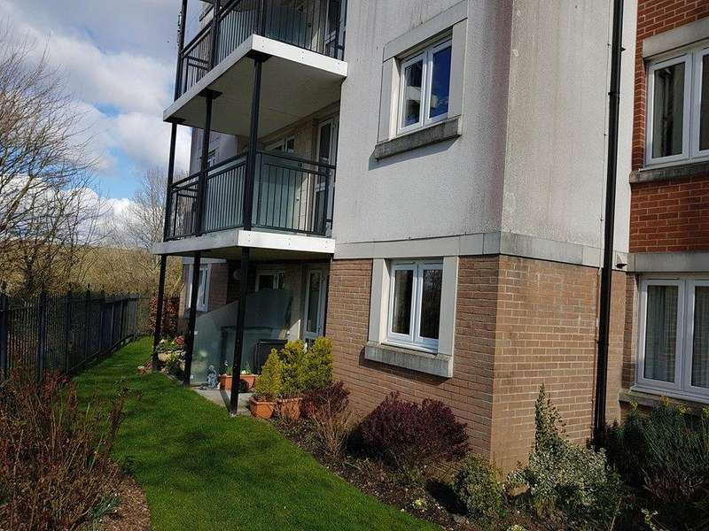 2 Bedrooms Apartment Flat for sale in West Street, Axminster