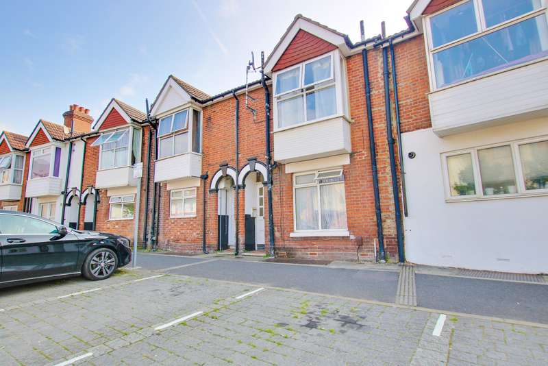 3 Bedrooms Terraced House for sale in 2 Bedroom House + 1 Bedroom Flat