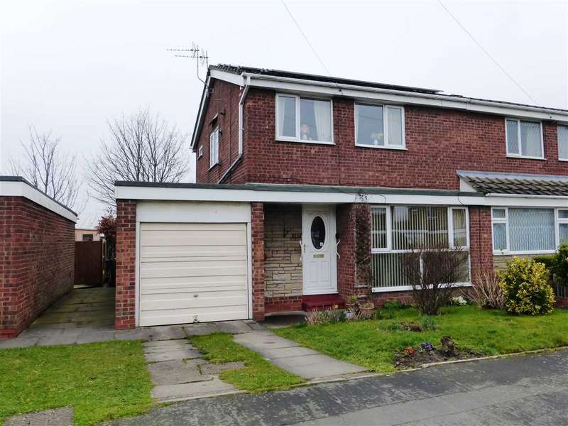 3 Bedrooms Semi Detached House for sale in Hilton Avenue, Scunthorpe