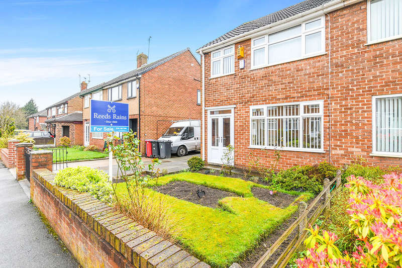 3 Bedrooms Semi Detached House for sale in Grays Avenue, PRESCOT, L35