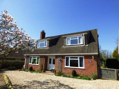 4 Bedrooms Detached House for sale in Butt Lane, Goulceby, Louth, Lincolnshire