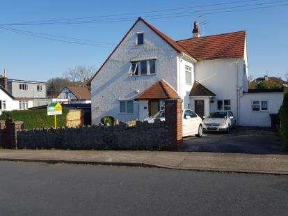 2 Bedrooms Flat for sale in Preston, Paignton, Devon