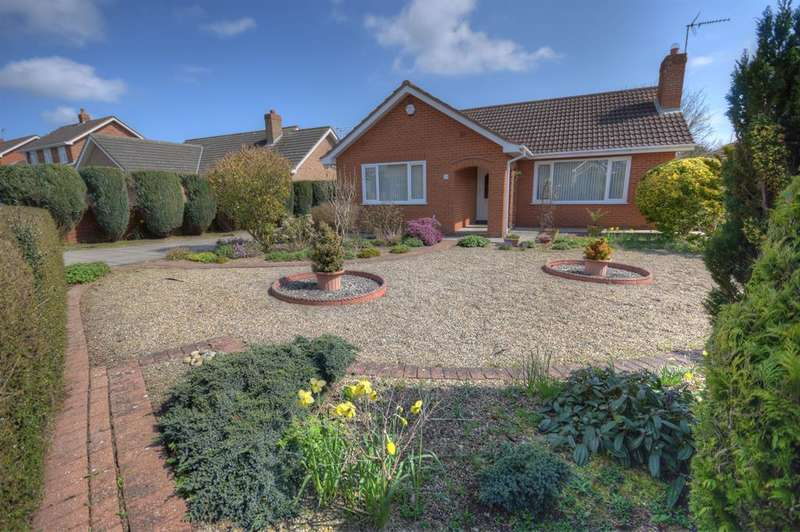 2 Bedrooms Detached House for sale in Mordacks Road, Bridlington, YO16 6YR