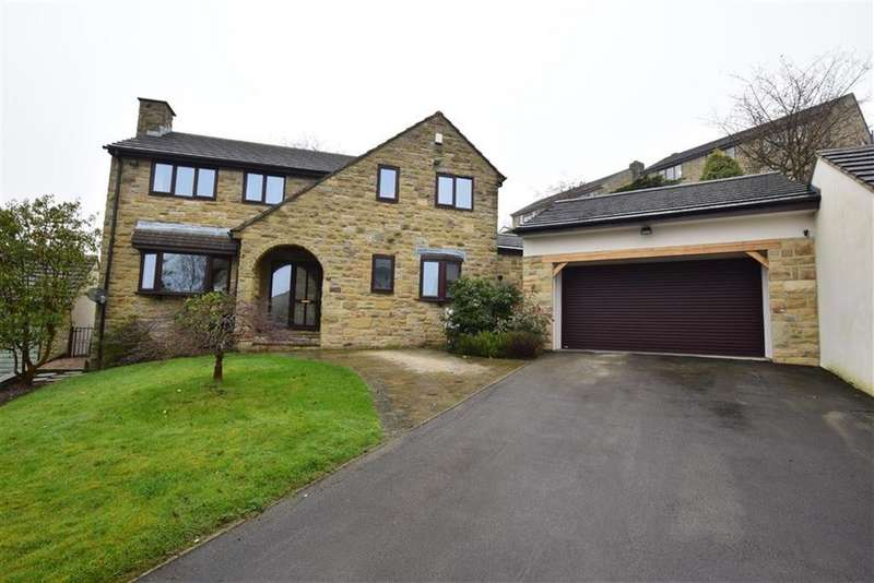 4 Bedrooms Detached House for sale in Dukewood Road, Clayton West, Huddersfield, HD8
