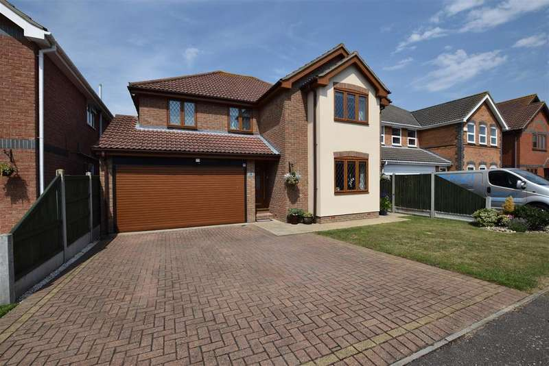4 Bedrooms House for sale in George Close, Canvey Island