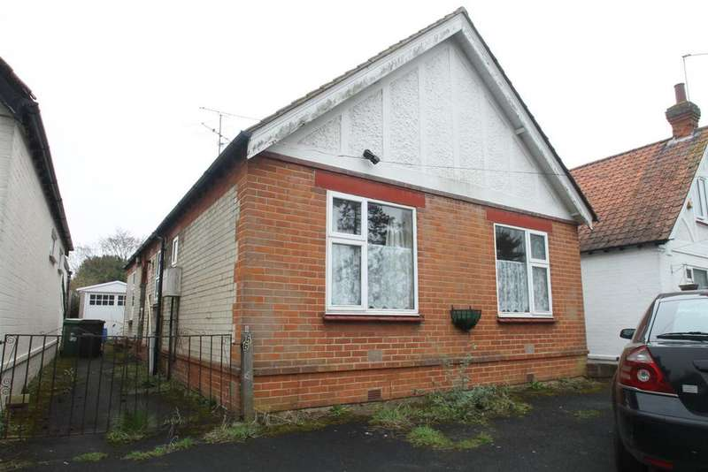 3 Bedrooms Bungalow for sale in Sutton Road, Maidstone