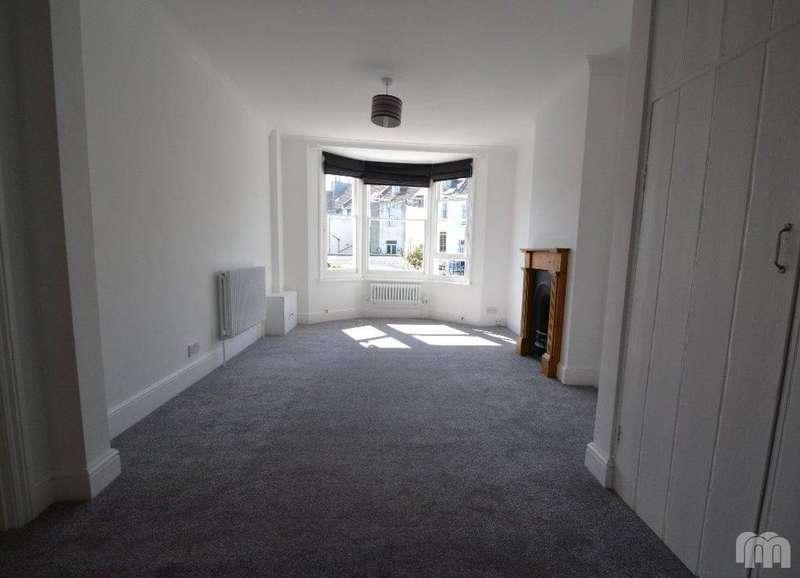 3 Bedrooms Maisonette Flat for rent in Hamilton Road Brighton East Sussex BN1