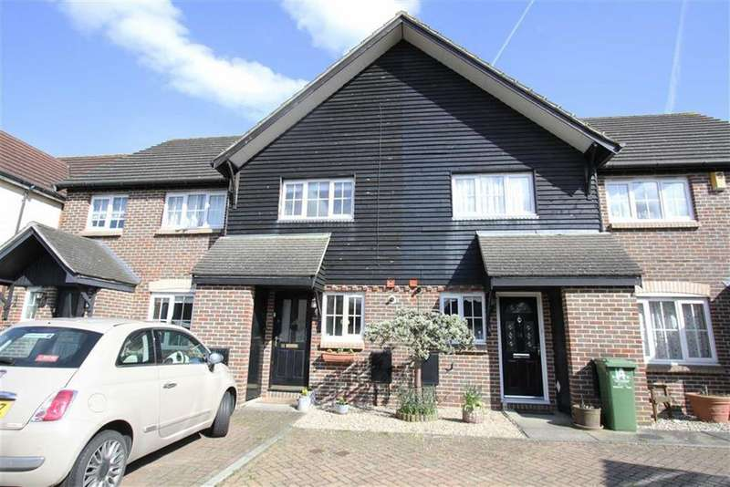 2 Bedrooms Terraced House for sale in Magenta Close, Billericay