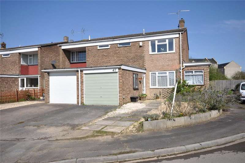 3 Bedrooms Semi Detached House for sale in Burden Close, Stratton, Swindon, Wiltshire, SN3