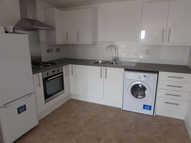 2 Bedrooms Flat for rent in High Street, Ventnor, Isle Of Wight, PO38