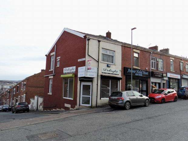 3 Bedrooms End Of Terrace House for sale in London Road Blackburn With Darwen