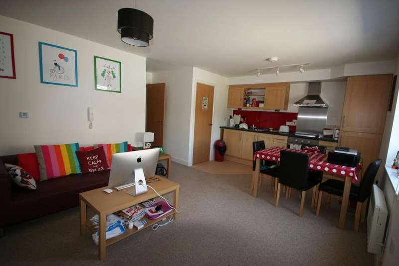1 Bedroom Flat for sale in Avon House, Penryn TR10